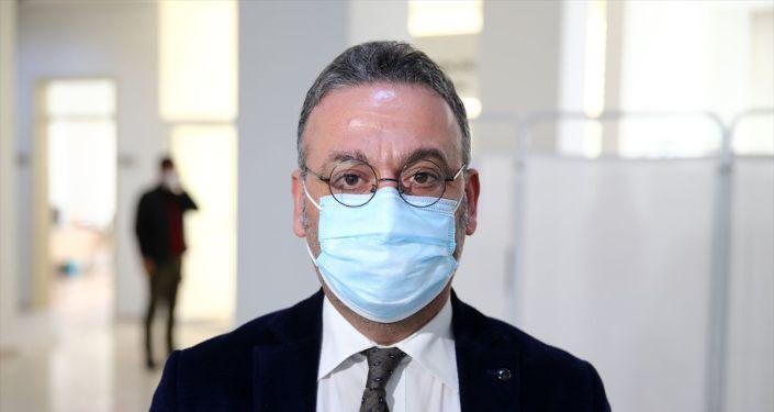 Bilim Kurulu üyesi Prof. Gündüz, CoronaVac aşısıyla ilgili konuştu: Tedirginlik ve tereddüde gerek yok