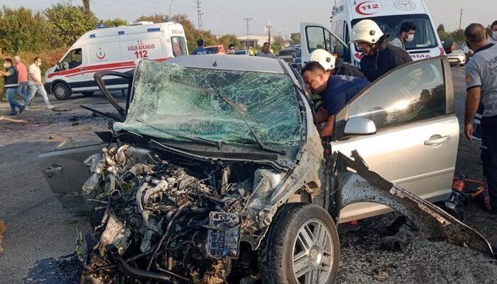Hatay'da korkunç kaza! Otomobiller kafa kafaya çarpıştı: 1 ölü, 1 yaralı