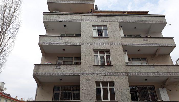 İstanbul Bağcılar'da 4 binaya koronavirüs karantinası