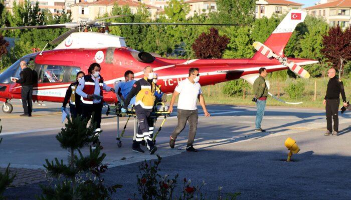 Kayseri'de hızarla elini kesen genç, ambulans helikopterle hastaneye kaldırıldı