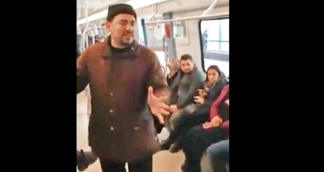 Metroda FETÖ propagandası
