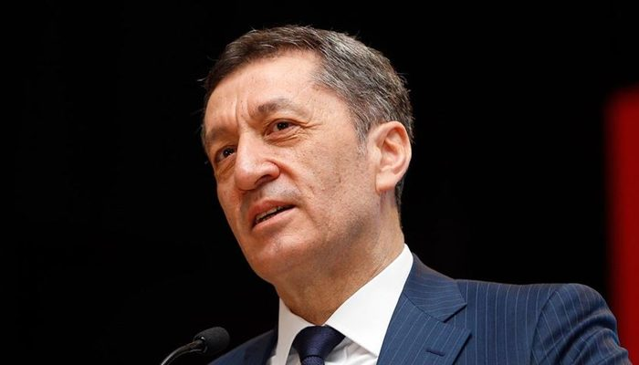 Milli Eğitim Bakanı Ziya Selçuk'tan 23 Nisan açıklaması