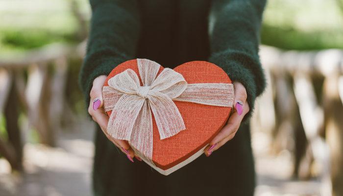 span style=color:unsetRomantik Sevgililer Günü mesajları.../span