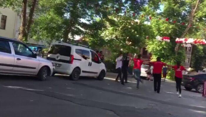 Şile'de pes dedirten görüntü! Sosyal mesafeyi hiçe sayıp halay çektiler