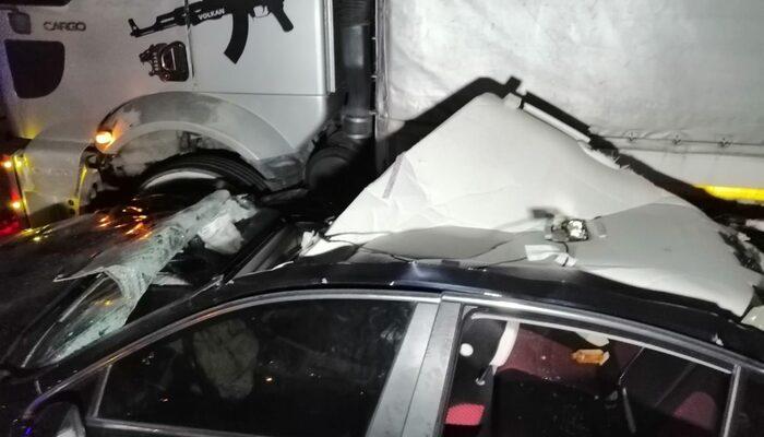 TEM Otoyolu'nda korkunç kaza: Yaralılar var