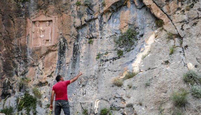 Yer: Antalya! Defineciler 2 bin yıllık eserleri parçaladı