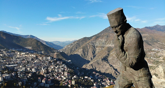 Türkiye'nin en büyük Atatürk heykeli müze oluyor