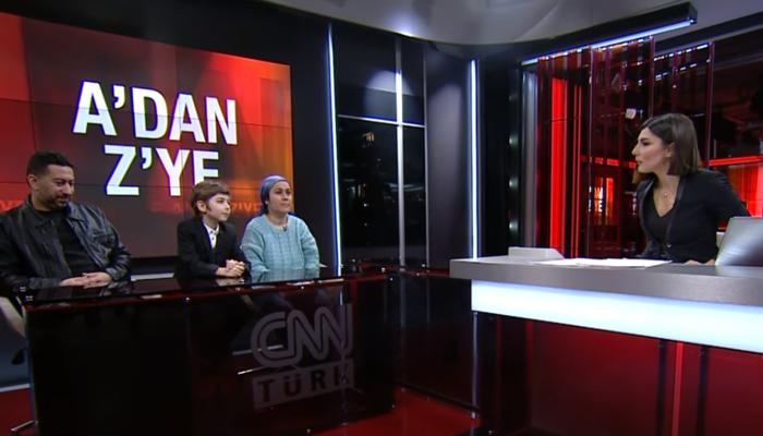 Türkiye'nin gündemindeki Atakan Kayalar'a teklif yağıyor! Annesi canlı yayında açıkladı