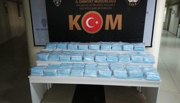 Van'da 6 bin 900 kaçak tıbbi maske ele geçirildi